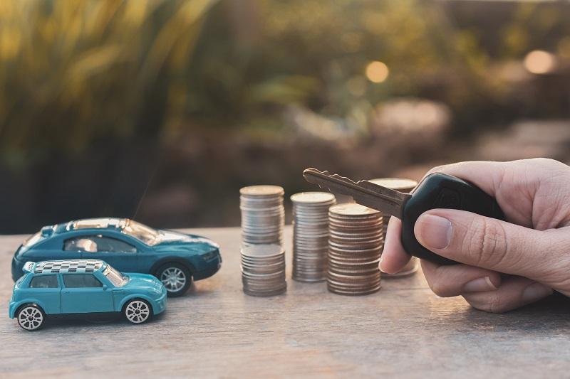 وثيقة التأمين ضدر الغير للسيارة في الإمارات