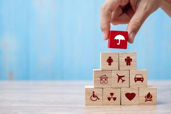 سياسة التأمين الشامل تحمي من الفقد والتلف بالإضافة لتغطية الطرف الثالث.