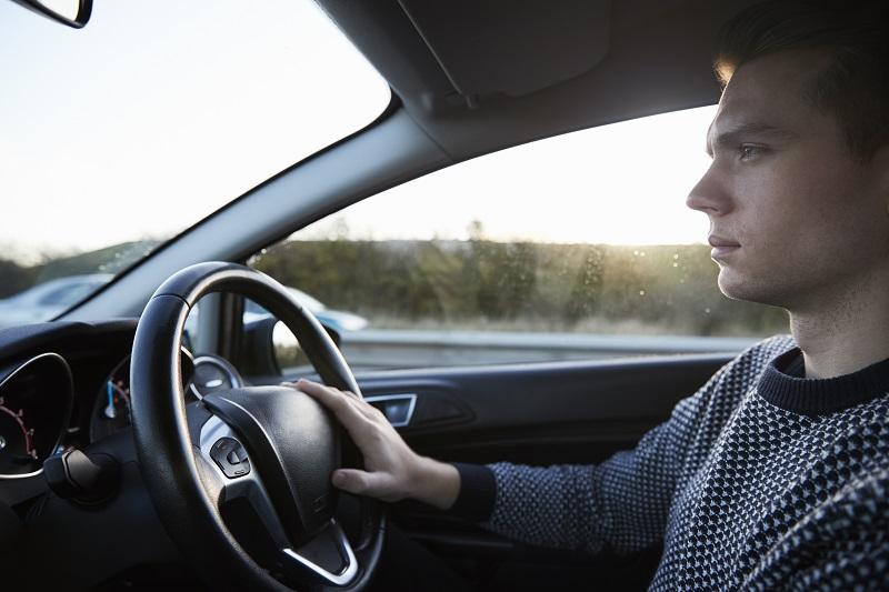 العوامل المؤثرة في تحديد قسط تأمين السيارة